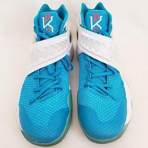 "Nike Kyrie 2 ""Christmas"" Basketball Shoes Size 14"